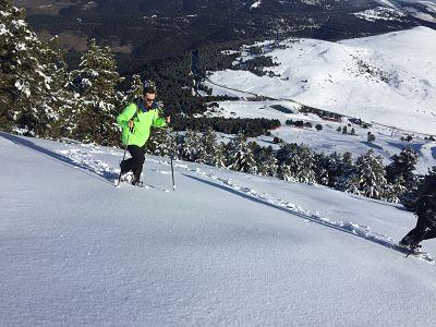 Variedad de Excursiones de Raquetas de Nieve en la Molina